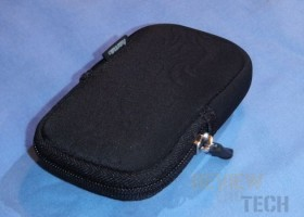 "Hama ""Fancy Neoprene Flame"" Compact Camera Bag Review"