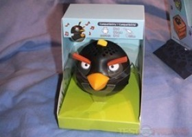 Gear4 Angry Birds Black Bird Mini Speaker Review @ TestFreaks