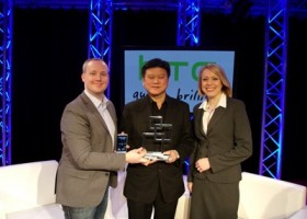 Best New Mobile handset Award Goes to HTC One at MWC 2013