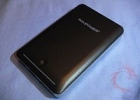 Video Review of RAVPower Deluxe 14000mAh External Battery @ DragonSteelMods