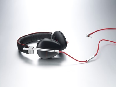 Phiaton-Bridge-Headphones_GLAM
