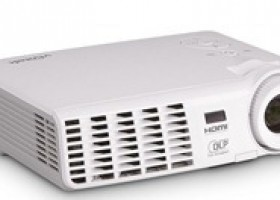 Vivitek Ships Its D5 2D-to-3D Series of Projectors