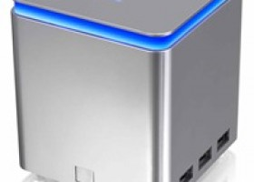 Thermaltake Announces World's Largest Charging Station LUXA2 P-MEGA 41,600mAh