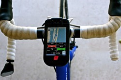 iBike%20Dash%20 Power%20-%20map%20handlebars