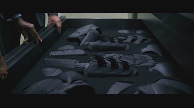 468px-Batman_tdk_gauntlet_1