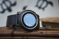 kisai_polygon_wood_lcd_watch_from_tokyoflash_japan_04